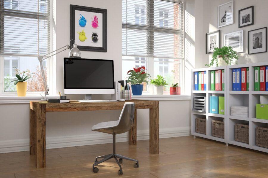 Schwenkbare Leuchte im Home-Office © marog-pixcells, stock.adobe.com